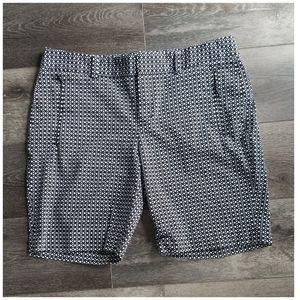 Calvin Klein Black Black Printed Shorts Size 10.